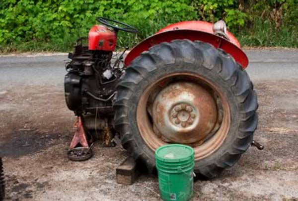 8.) A Serb farmer had to give his wife equal share of everything in the divorce, so he used a grinder to cut everything in half... even his tractor.