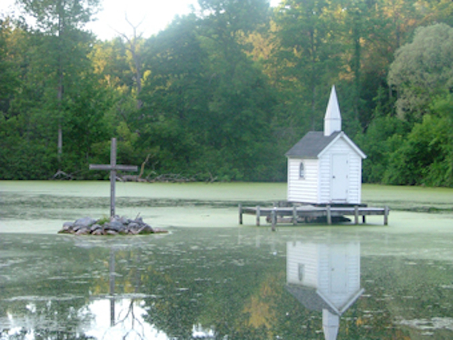 The Cross Island Chapel, Oneida, New York, US