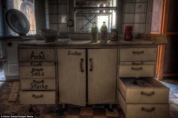 Even the kitchens are full of food.